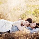 couple nature allongé